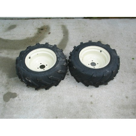 AG TIRES AND RIMS CUB CADET 190-299-100 772-4195 (SET OF 2) NOS