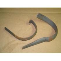 DECK SKID BRACKET KIT CUB CADET 759-3182 NOS
