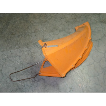 CHUTE ASSEMBLY CUB CADET IH 548277 R91 USED
