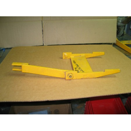 CENTER FRAME ASSEMBLY IH 59695 C2 NOS TAKEOFF