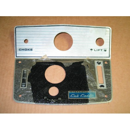 DECAL KIT CUB CADET 106 IH 529309 R92 DASH TIN NOS