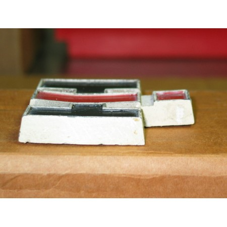 GRILLE EMBLEM METAL CUB CADET IH 2751844 R1 USED