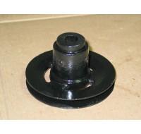 TILLER GEARBOX LOWER PULLEY CUB CADET IH 485246 R91 NOS