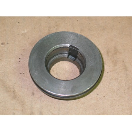 INPUT SHAFT BEARING CAGE CUB CADET IH 385037 R1 719-3026 USED