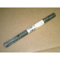 ROCKSHAFT CUB CADET 738-3043 IH 106981 C1 NOS