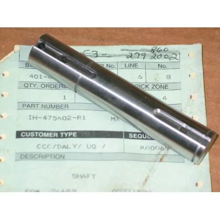 INPUT SHAFT CUB CADET IH 475606 R1 NEW