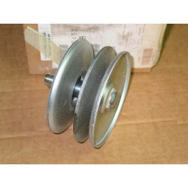 VARIABLE SPEED PULLEY CUB CADET 956-04015A 656P05011 956-04015B NEW