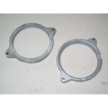HEADLIGHT CLAMP RING CUB CADET IH 389746 R1 USED