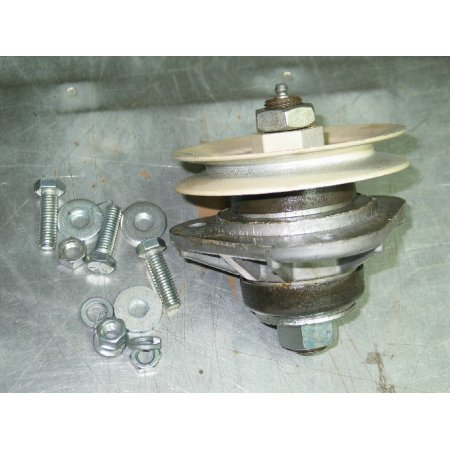 SPINDLE ASSEMBLY OUTSIDE CUB CADET 759-3293 959-3293 759-3479 NEW
