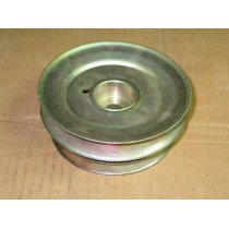 CENTER MOWER DECK PULLEY CUB CADET 756-3047 NEW