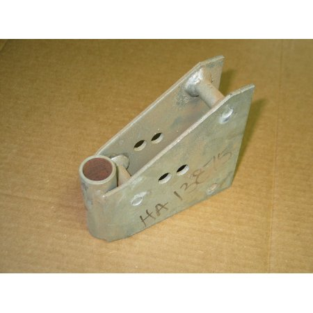 FRONT CASTOR MOUNTING ASSEMBLY HA 13875 NOS